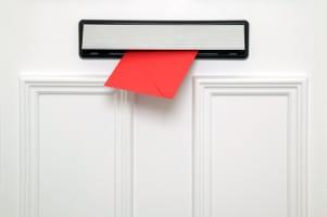 Die Kommunikation bei einer Online-Scheidung kann auf verschiedene Weise erfolgen. Sowohl per E-Mail, Fax, Telefon oder auch per Briefpost