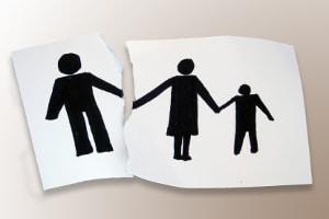 Gewalt in der Ehe zerstört die Familie.