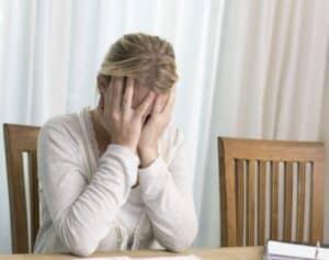 Ob seelische Gewalt oder physische Gewalt - Schmerzen bereitet jede Form der Gewalt in der Ehe