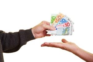 Um den Unterhalt richtig zu berechnen, müssen Schulden beachtet werden.