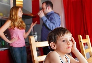 Der Anwalt für Familienrecht in Frankfurt berät Sie auch zum Thema Kindesunterhalt.