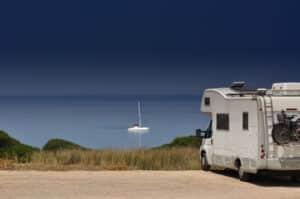 Probleme beim Sorgerecht kann es z. B. bei geplanten Urlaubsfahrten geben