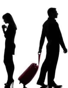 Bei einer Scheidung wird der Hausrat zwischen den Parteien aufgeteilt.