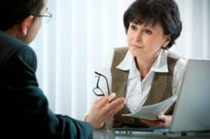 Ehevertrag: Die Gütertrennung muss in einem notariell beglaubigten Vertrag vereinbart sein.