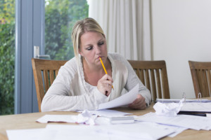 Keine Furcht: Beim Versorgungsausgleich berechnen die Versicherer und das Gericht die Anwartschaften für Sie.