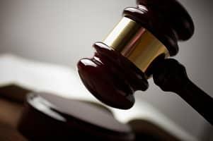 Ein Scheidungsanwalt in Lübbenau vertritt Ihre Interessen vor Gericht.