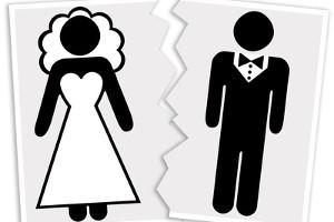 Die Notarkosten bei Scheidung sind zwar ein zusätzlicher Kostenpunkt - am Ende kann eine Scheidung so jedoch günstiger werden.