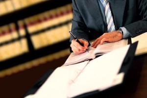 Ein Scheidungsanwalt in Lauf an der Pegnitz kann Sie vor Ort kompetent beraten.