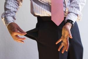 Existiert ein Unterhaltstitel, kann durch die Vollstreckung schlimmstenfalls die Lohnpfändung drohen.