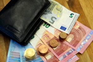 Warum erfolgt die Anrechnung von Kindergeld auf den Unterhalt?