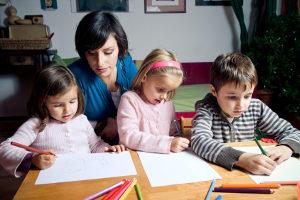 Der Naturalunterhalt umfasst die materielle sowie die ideelle Versorgung von Kindern.