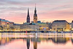 Beratungshilfe gibt es in den beiden Stadtstaaten Hamburg und Bremen nicht - hier existiert stattdessen die öffentliche Rechtsberatung.