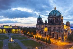 Wie wurde mittels Berliner Tabelle der Unterhalt berechnet?