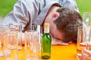 Bei der Scheidung von dem Alkoholiker entfiel dessen Unterhalt.