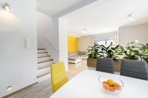 Eine Scheidung bei jemandem, der Hartz-4-Empfänger wird, kann dazu führen, dass die große Wohnung plötzlich unangemessen ist.