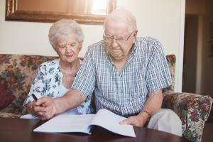 Ehegatten können im Rahmen einer notariellen Vereinbarung den Versorgungsausgleich ausschließen.