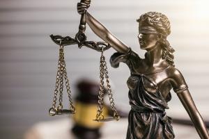 Das Amtsgericht Saarbrücken hatte auf eine Anhörung der Kinder im Sorgerechtsverfahren verzichtet