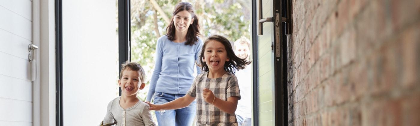 In der Regel können beide Elternteile ein gemeinsames Sorgerecht für ihre Kinder beantragen.