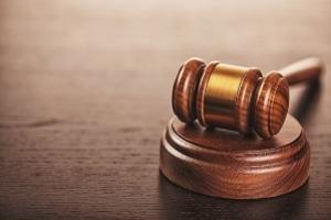 Das Bundesarbeitsgericht entschied, dass die Witwenrente bei einem hohen Altersunterschied nicht gezahlt werden muss