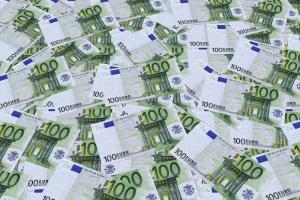 Zwar sind 2017 340 Millionen Euro Kindergeld im europäischen Ausland gelandet - es flossen aber auch Steuergelder von den Eltern an Deutschland.