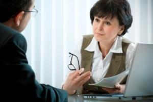 Nach der Trennung ist evtl. vor der Scheidung: Ein Anwalt kann nötig sein.