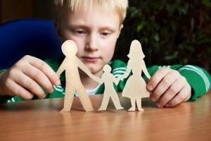 Viele Kinder leiden während der Scheidungsphase.