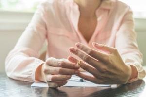 Scheidung: Ein Rechtsanwalt oder Fachanwalt für Familienrecht in Nordrhein-Westfalen ist zuständig.