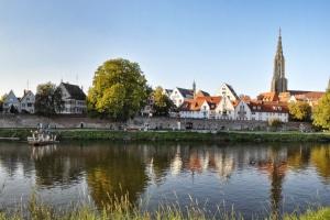 Rechtsanwalt für Familienrecht in Baden-Württemberg finden: Verlassen Sie sich auch auf Erfahrung aus dem persönlichen Umfeld.