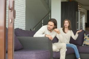 Ein Partnerschaftsvertrag kann bei Trennung Ansprüche begründen.