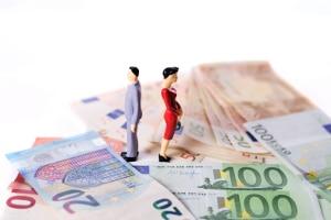 Nach welchem Muster kann im Ehevertrag Gütertrennung bestimmt werden? Und was kostet die Beurkundung?