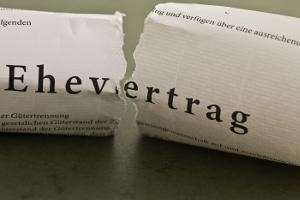 Verschiedenste Sachverhalte können dazu führen, dass der abgeschlossene Ehevertrag für nichtig erklärt wird.